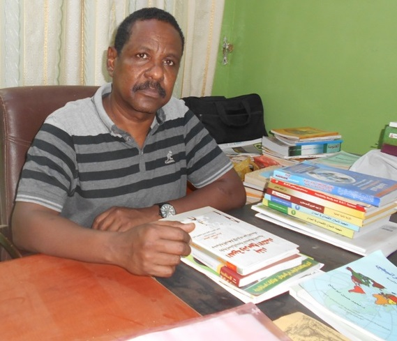 Critic Dr. Ahmad Alsadiq:  Sudanese Narration Is An Adventurous Writing In A Very Complicated Context
