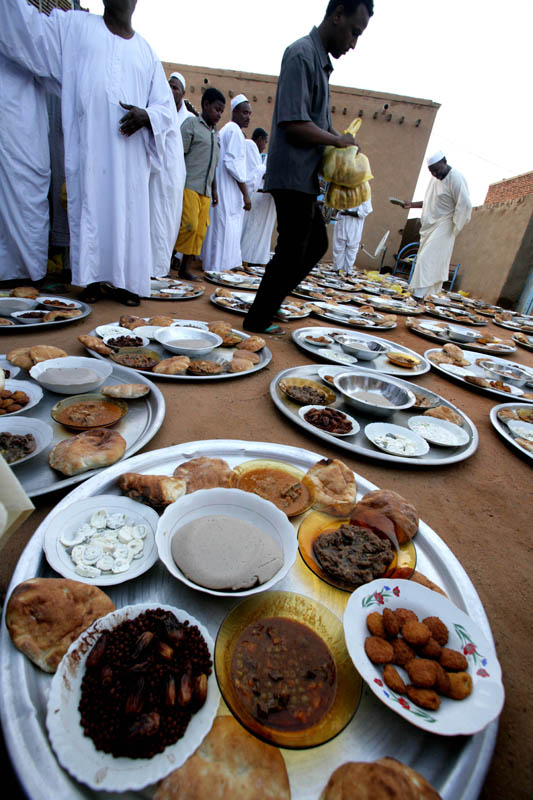 Sudanese Food in Ramadan: Nutritionists And Foreigners Viewpoint